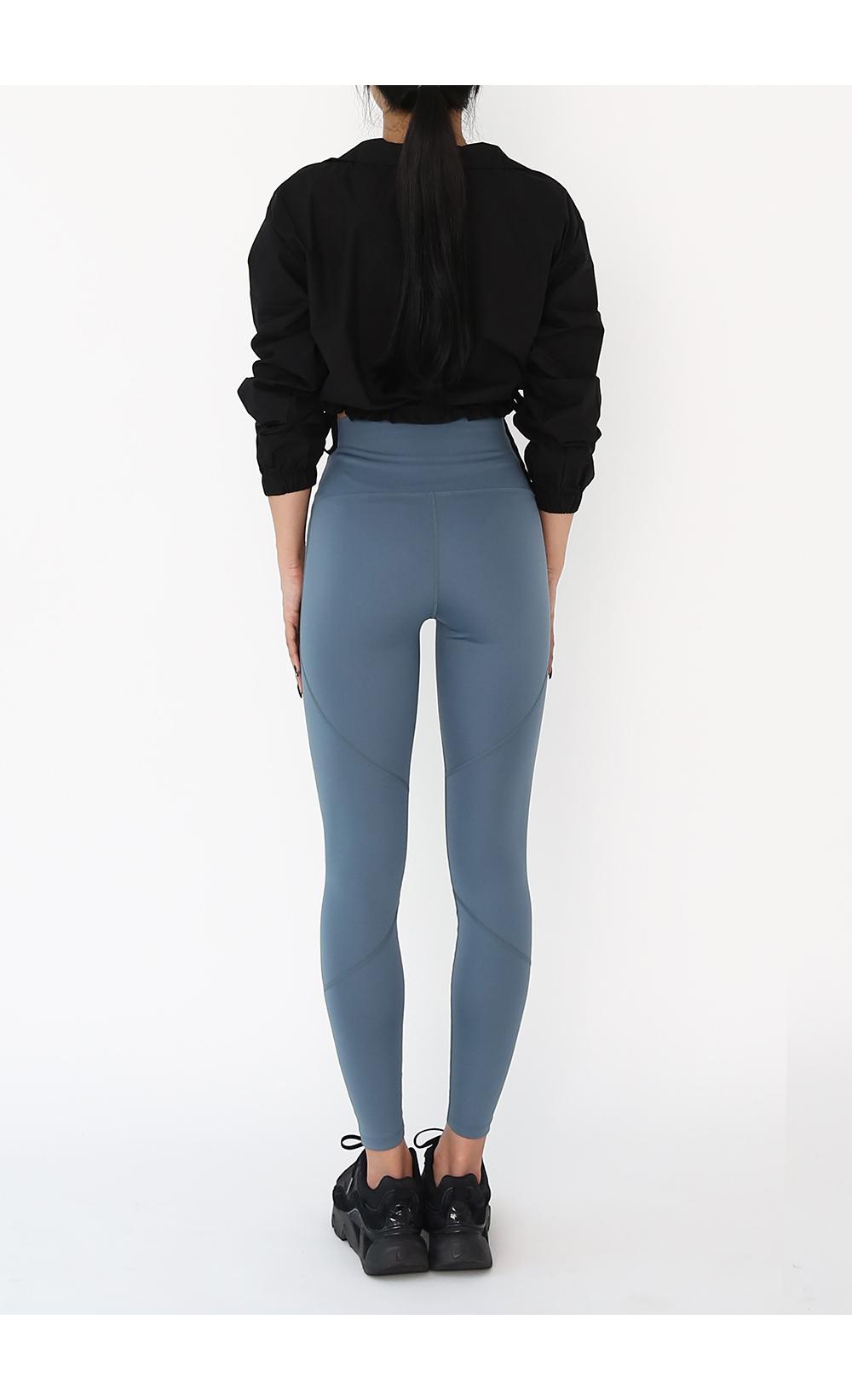 褲子模特穿著形象 - S1L8