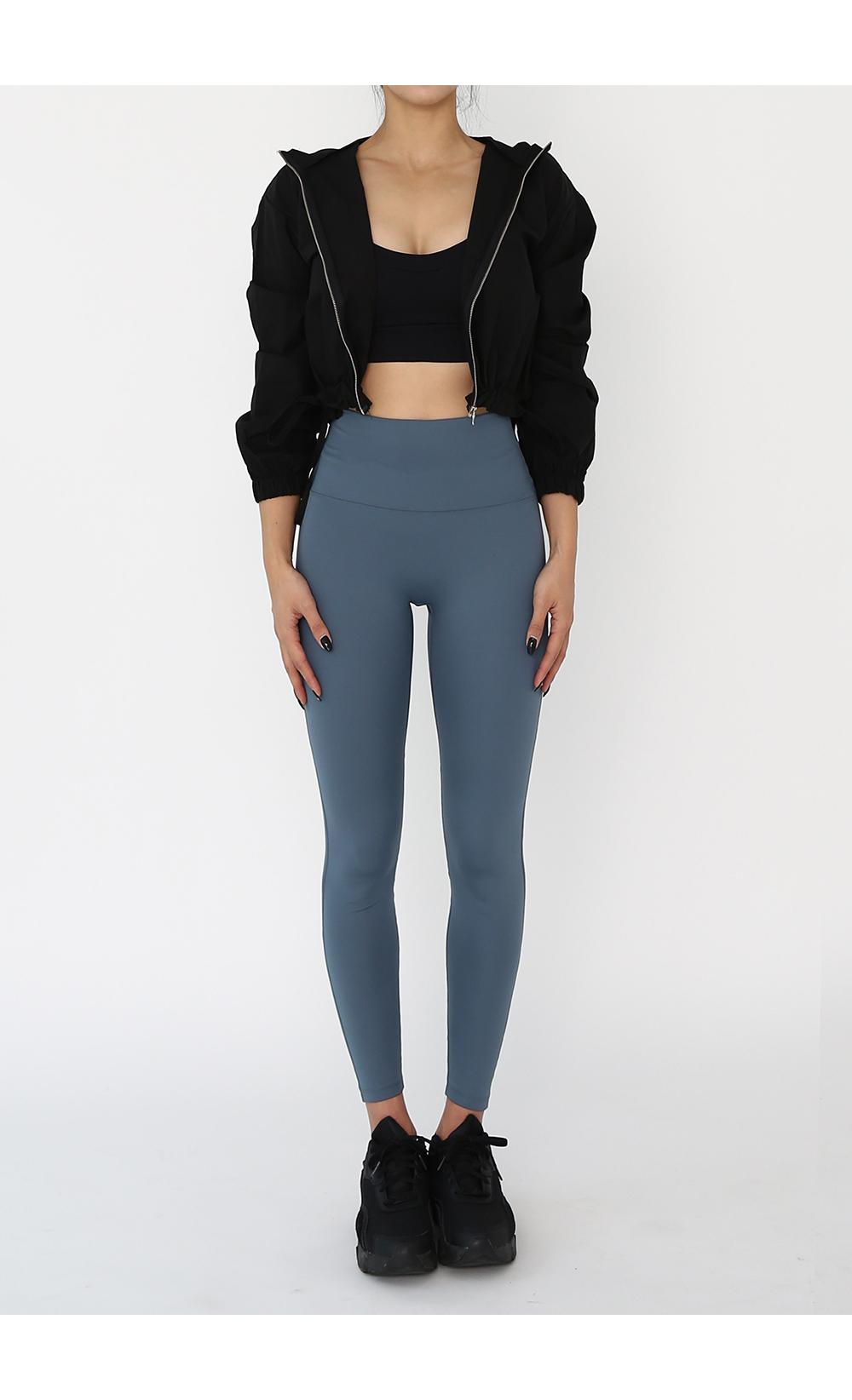 褲子模特穿著形象 - S1L6