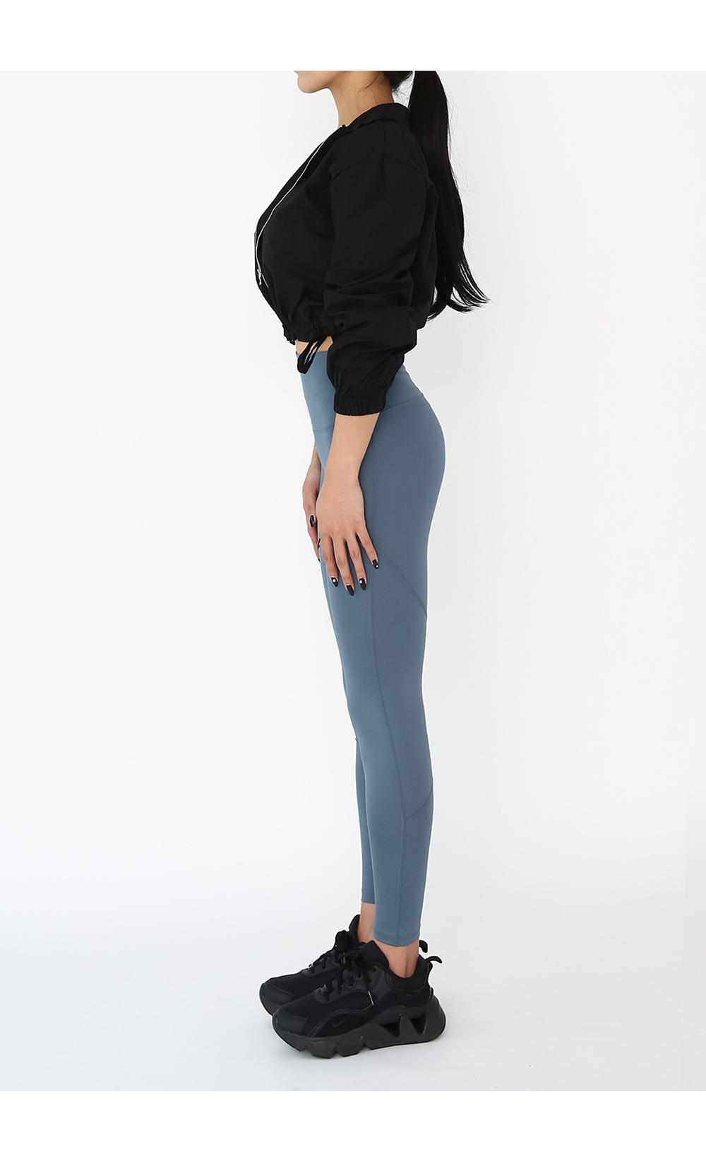 褲子模特穿著形象 - S1L7