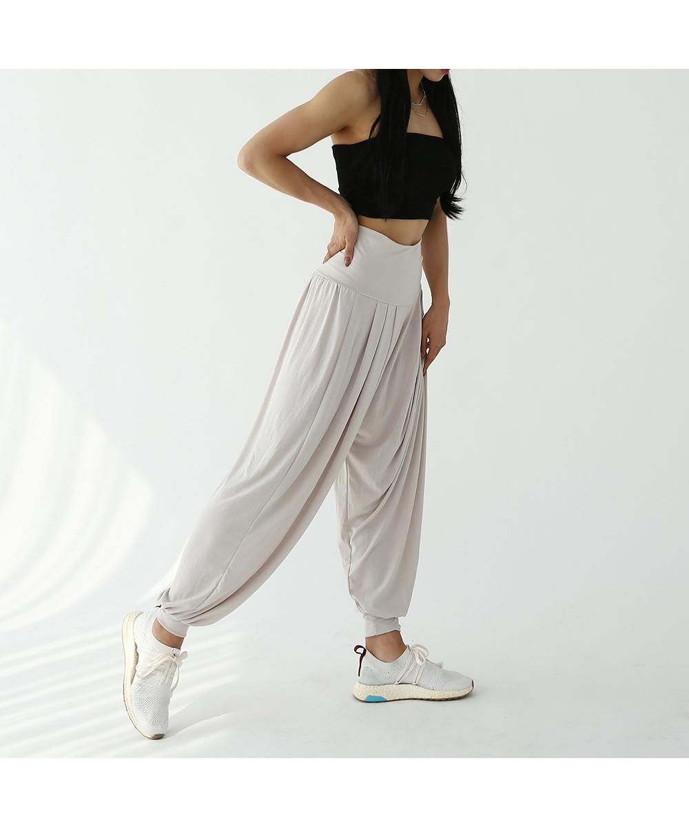 長裙模特穿著形象 - S1L6