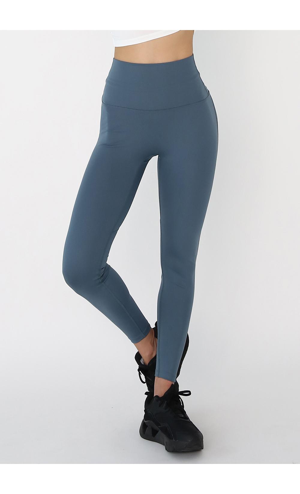 褲子模特穿著形象 - S1L5