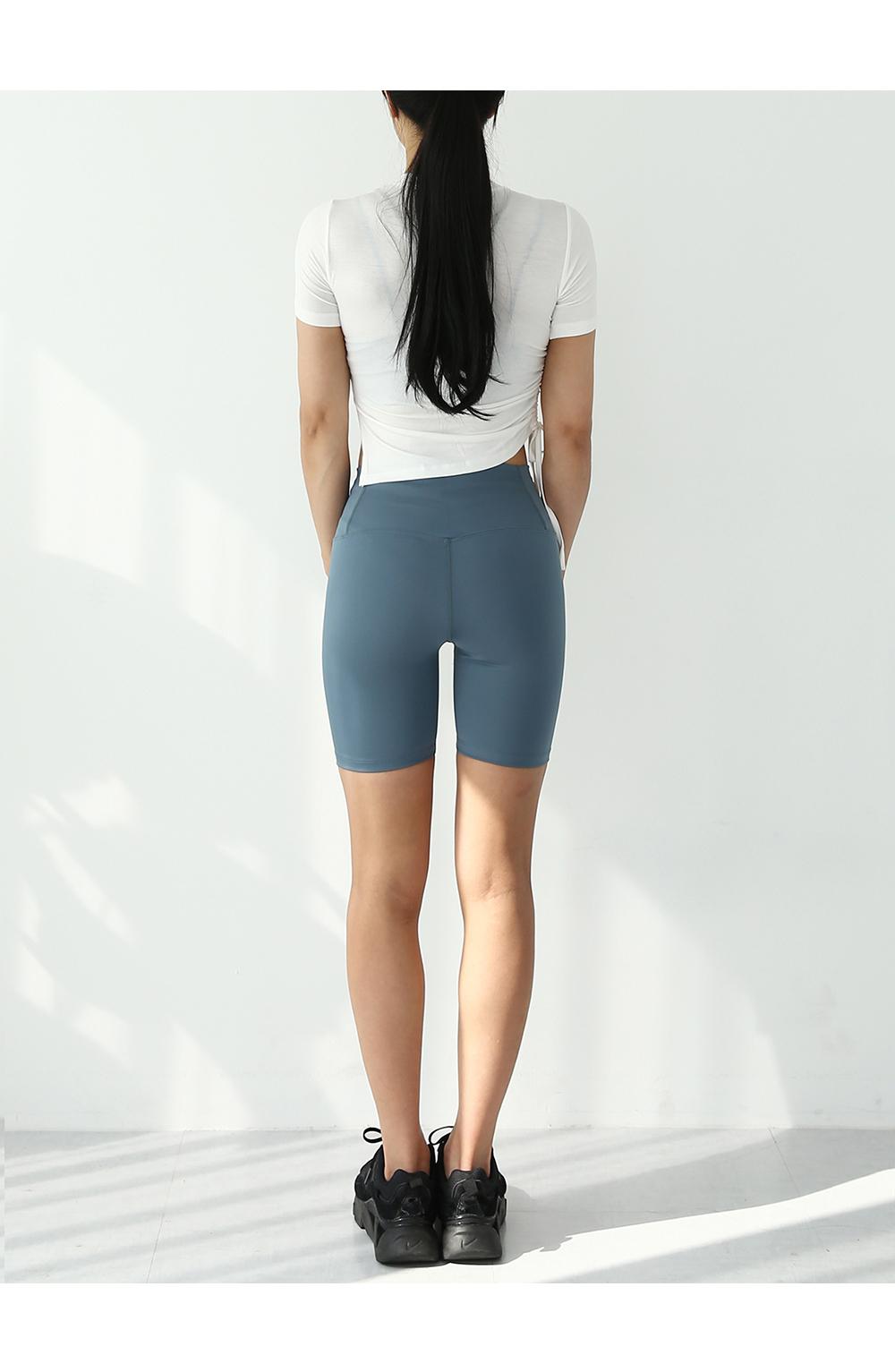 短褲模特穿用形象 - S1L12